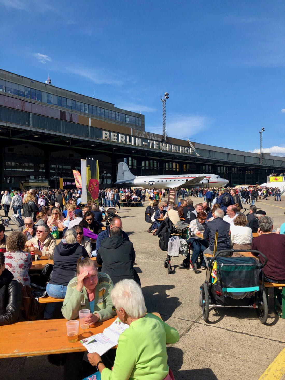 Wiesel Services Fest der Luftbrücke