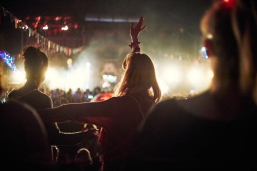 Feel Festival Strandfloor Crowd